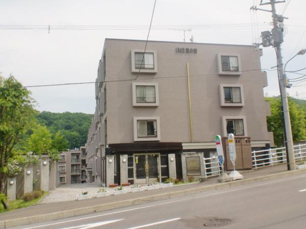 ロジェ宮の森中古マンション札幌市中央区宮の森2条16丁目写真