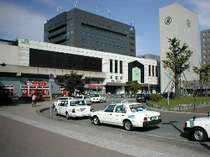 桑園駅周辺の街並み