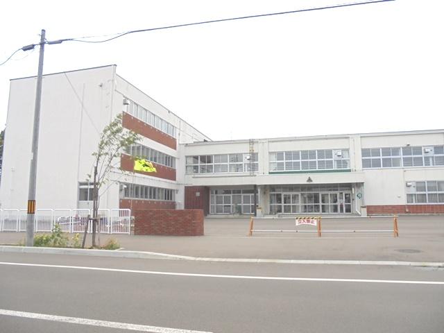 東野幌小学校