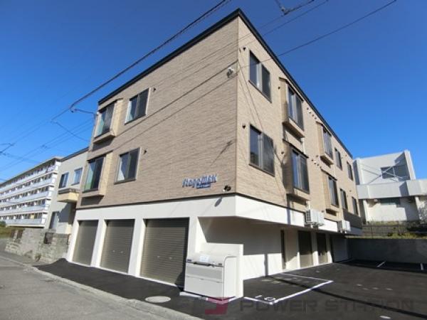 上野幌1LDKアパート外観