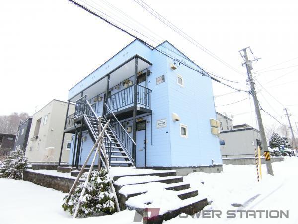 小樽市桂岡町1賃貸アパート外観写真