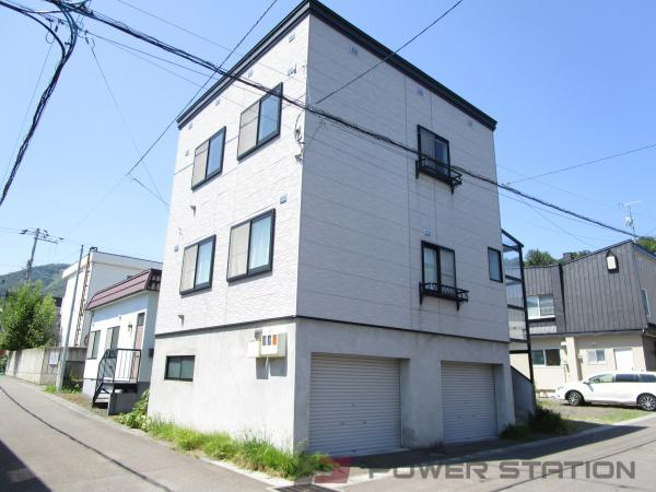 小樽市緑2丁目1賃貸アパート外観写真