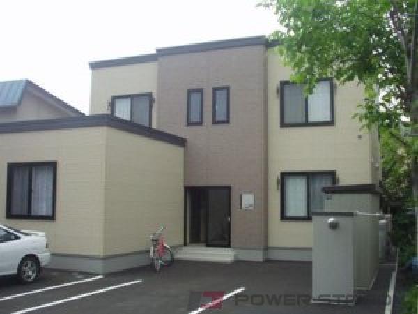 札幌市中央区北14条西15丁目0賃貸アパート外観写真