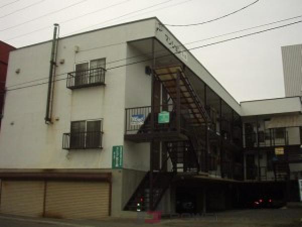 札幌市中央区宮の森4条1丁目1賃貸アパート外観写真