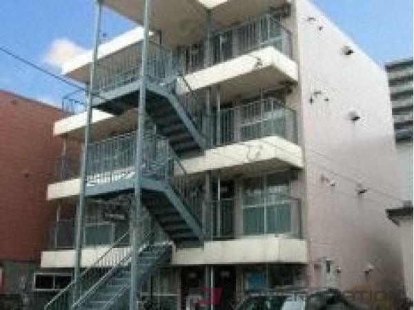 西28丁目1DKマンション外観