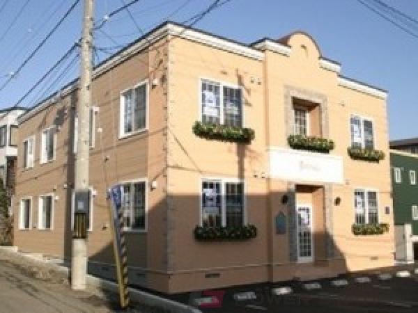 札幌市中央区宮の森2条8丁目賃貸アパート