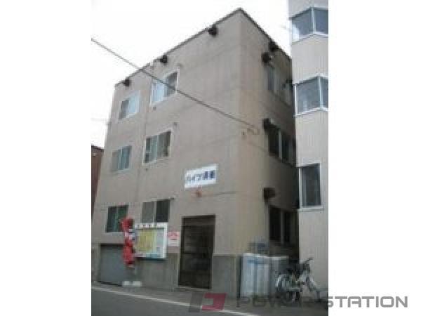 札幌市中央区南5条西12丁目0賃貸アパート外観写真