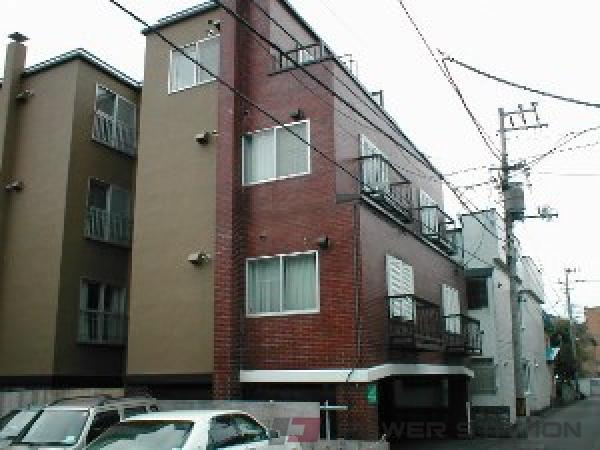 札幌市中央区南7条西12丁目0賃貸マンション外観写真