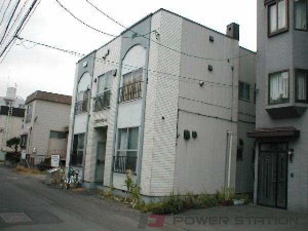 札幌市中央区南7条西12丁目1賃貸アパート外観写真