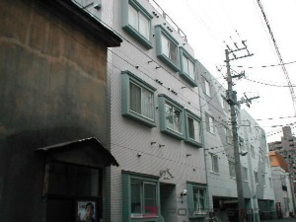 札幌市中央区南8条西13丁目0賃貸マンション外観写真