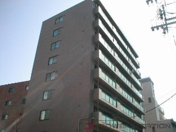 東本願寺前2LDKマンション外観