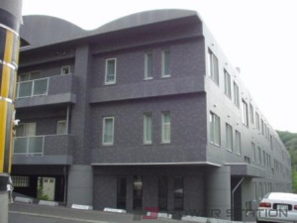 札幌市中央区宮の森1条15丁目01分譲リースマンション外観写真