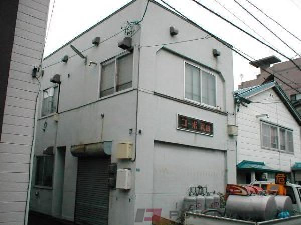 札幌市中央区南8条西13丁目0賃貸アパート外観写真