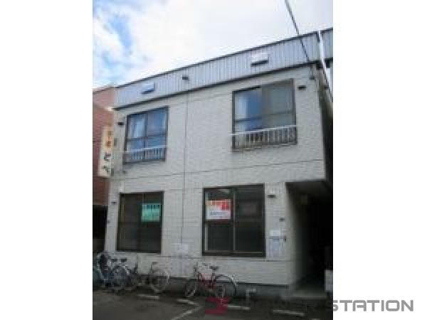札幌市中央区南11条西16丁目0賃貸アパート