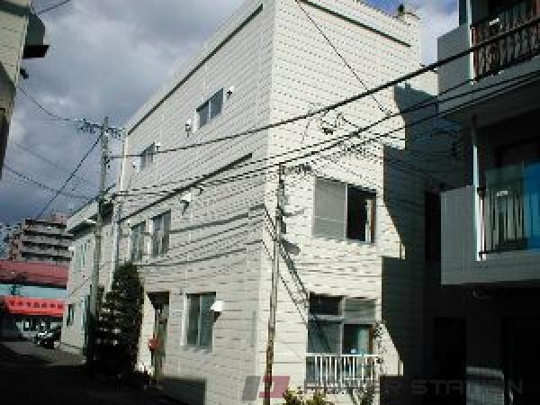札幌市中央区南10条西7丁目0賃貸マンション外観写真