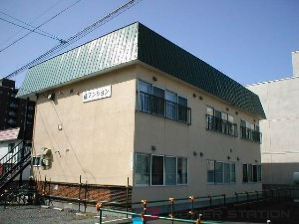 札幌市中央区南14条西14丁目0賃貸アパート外観写真
