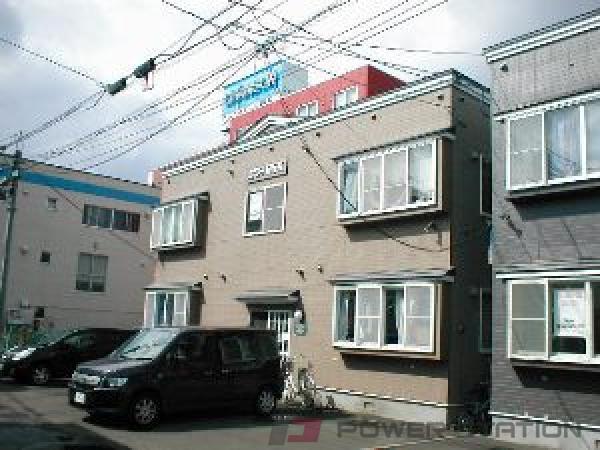 札幌市中央区南12条西10丁目0賃貸アパート外観写真