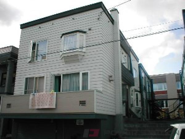札幌市中央区南16条西17丁目0賃貸アパート外観写真