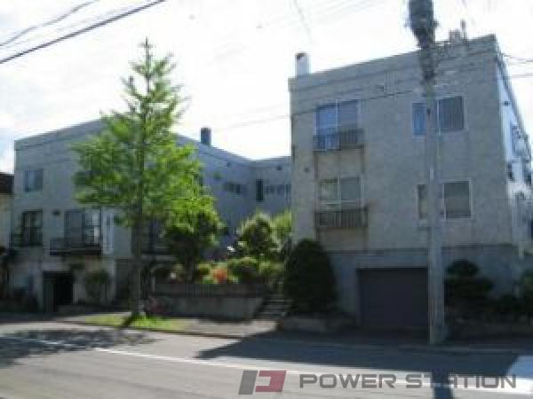 札幌市中央区南17条西6丁目0賃貸アパート外観写真