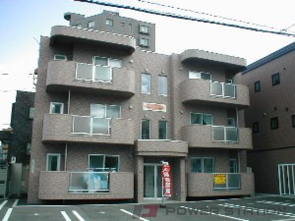 札幌市中央区南19条西15丁目0賃貸マンション外観写真