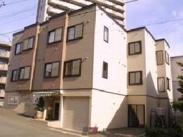札幌市中央区南19条西16丁目0賃貸アパート外観写真