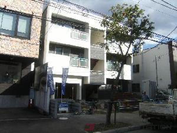 札幌市中央区北3条西26丁目賃貸アパート