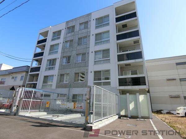札幌市中央区北7条西19丁目0賃貸マンション外観写真