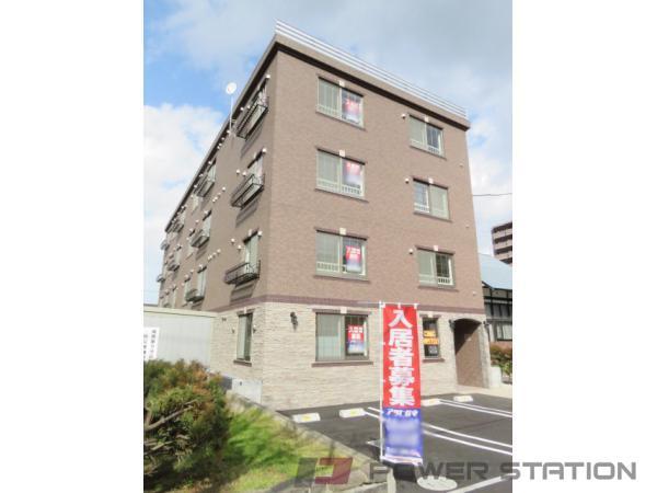 札幌市中央区南11条西14丁目0賃貸マンション外観写真