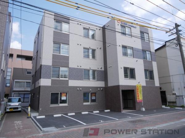 札幌市中央区南21条西13丁目0賃貸マンション外観写真