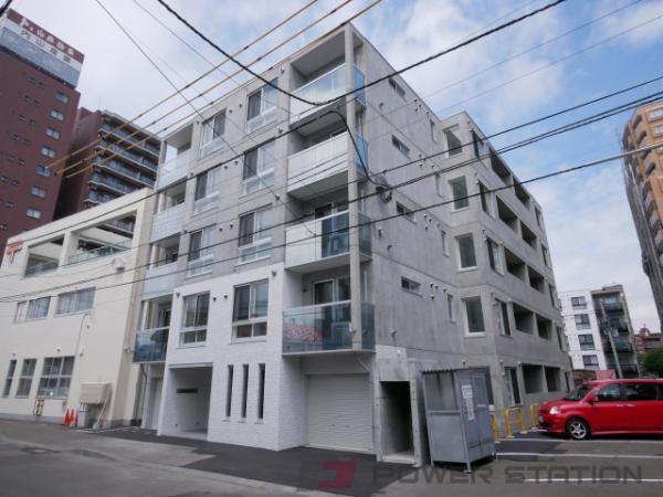 札幌市中央区南10条西6丁目0賃貸マンション外観写真
