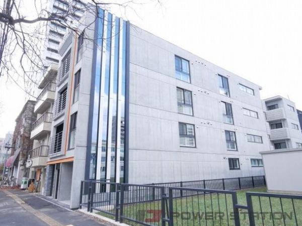 札幌市中央区北1条西18丁目1賃貸マンション外観写真