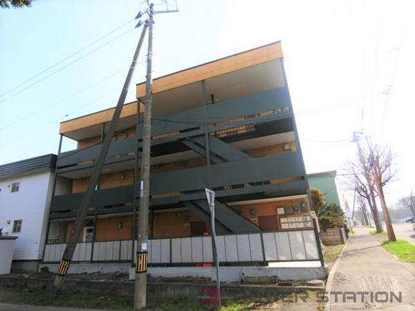 アパート・ヴィラージュ12