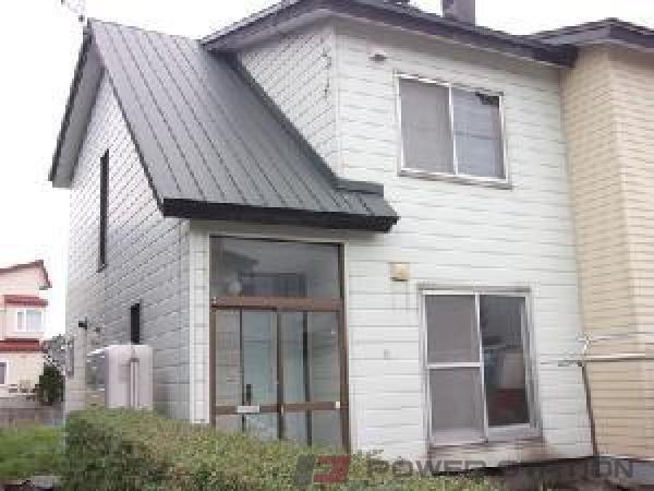 江別市上江別西町1テラスハウス