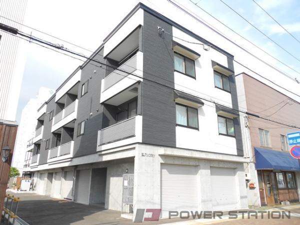 アパート・E・FRONT