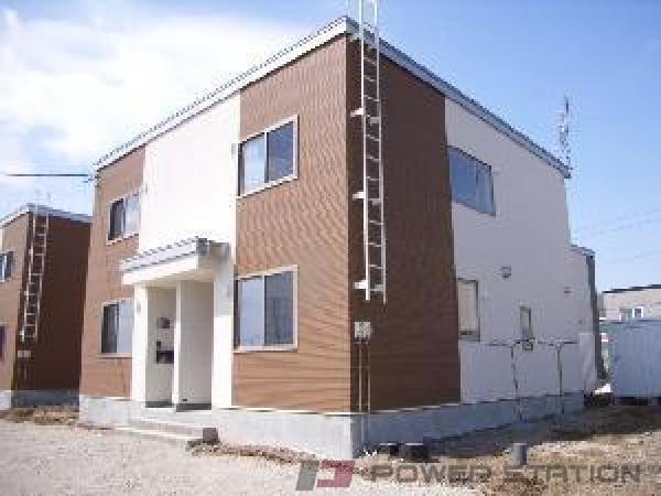 江別市萌えぎ野東1テラスハウス外観写真