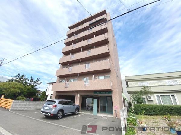 札幌市東区北14条東6丁目0賃貸マンション外観写真