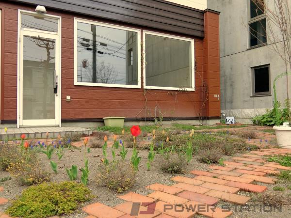 札幌市東区北13条東13丁目1店舗付き住宅外観写真