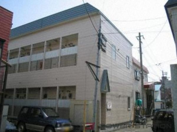 札幌市東区北14条東14丁目0賃貸アパート外観写真