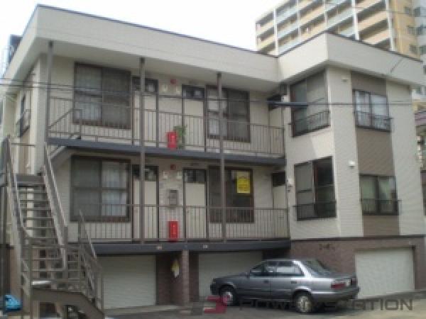 札幌市東区北17条東7丁目0賃貸アパート外観写真