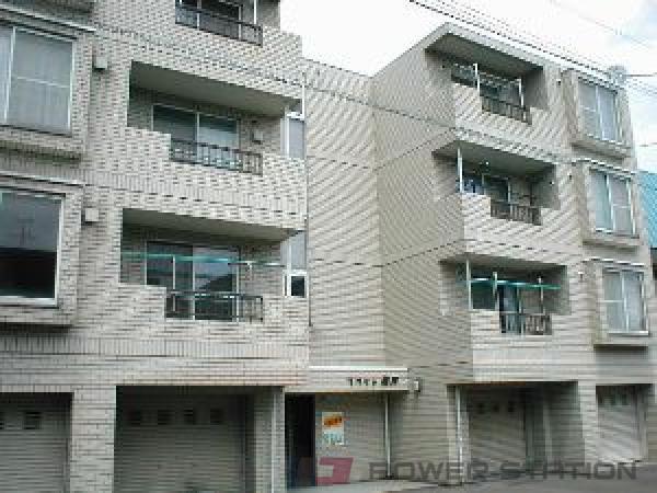 元町2LDKマンション外観