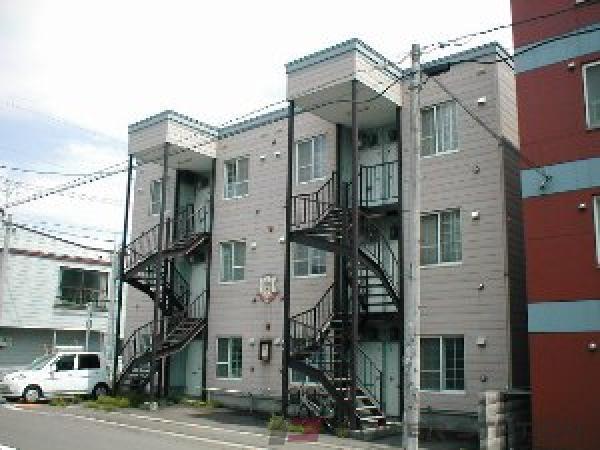 札幌市東区北28条東12丁目0賃貸アパート外観写真