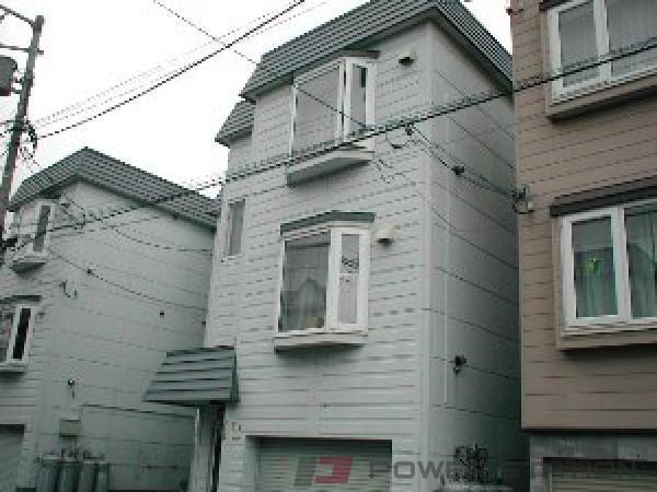 札幌市東区北27条東12丁目0賃貸アパート外観写真