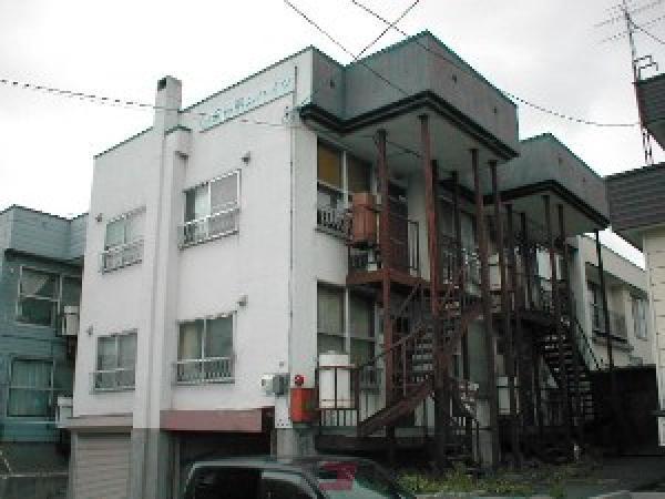 札幌市東区北27条東13丁目0賃貸アパート