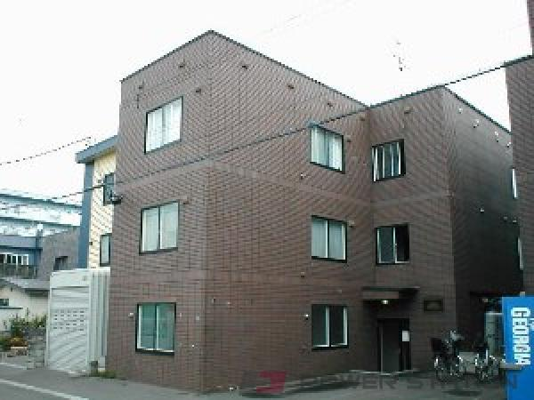 札幌市東区北44条東12丁目1賃貸アパート外観写真