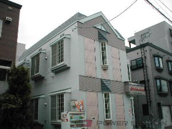 札幌市東区北42条東16丁目0賃貸アパート外観写真