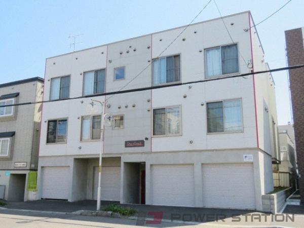 札幌市東区北21条東17丁目1賃貸アパート外観写真
