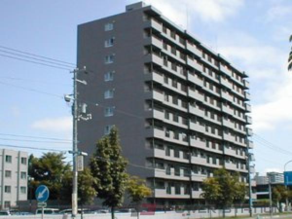 栄町4LDK分譲リースマンション外観