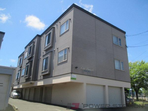 札幌市東区北51条東7丁目0賃貸アパート外観写真