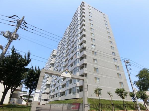 北広島4LDKマンション外観