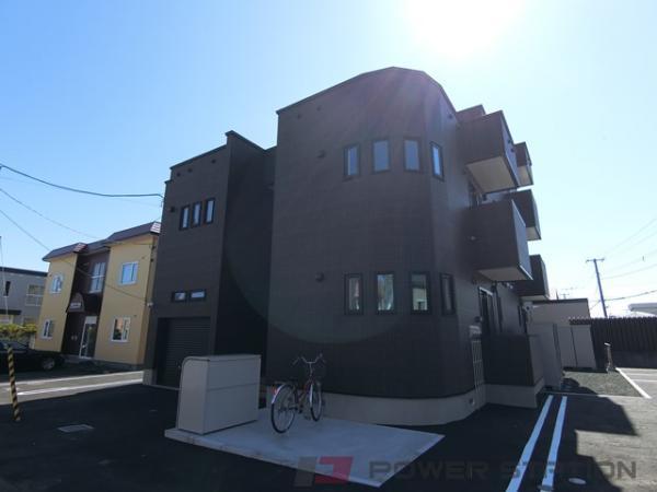 北広島1LDKアパート外観